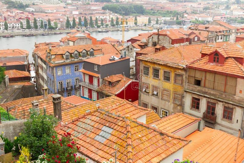 Παλαιά σπίτια στο ιστορικό μέρος της πόλης, Πόρτο, στοκ φωτογραφίες