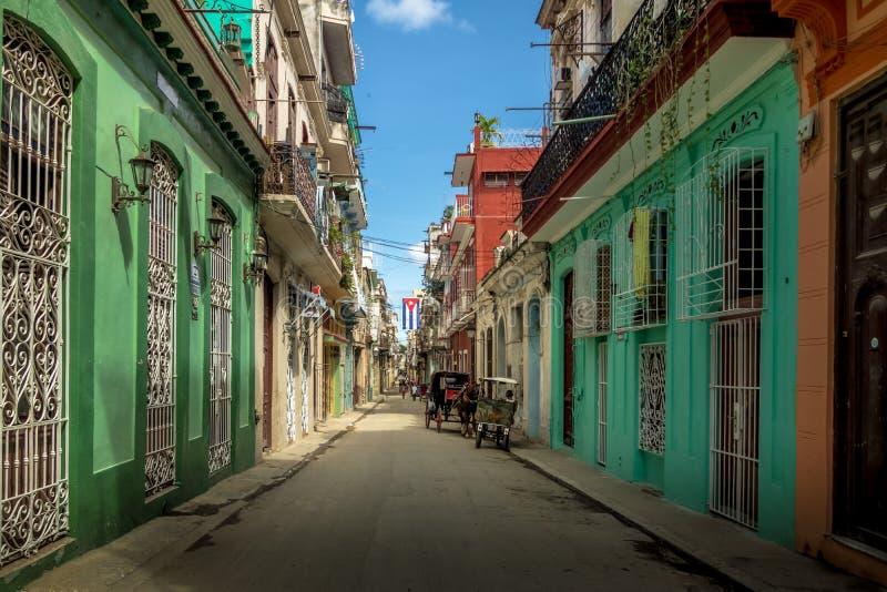 Παλαιά στο κέντρο της πόλης οδός της Αβάνας - Αβάνα, Κούβα στοκ φωτογραφίες