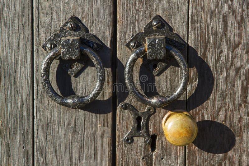Παλαιές doorknob και λαβές στοκ φωτογραφία με δικαίωμα ελεύθερης χρήσης