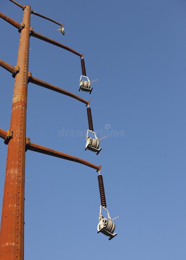 Παλαιοί ηλεκτρικοί πυλώνες χάλυβα στοκ εικόνες