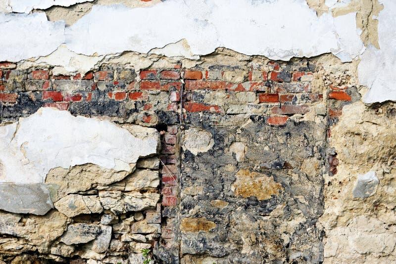 παλαιός επικονιασμένος τοίχος τούβλου στοκ φωτογραφία