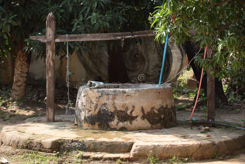 παλαιός καλά στο Μιανμάρ στοκ εικόνες
