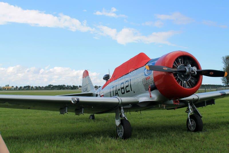 Παλαιός μαχητής Πολεμικής Αεροπορίας μαχητών αμερικανικός στοκ εικόνα με δικαίωμα ελεύθερης χρήσης
