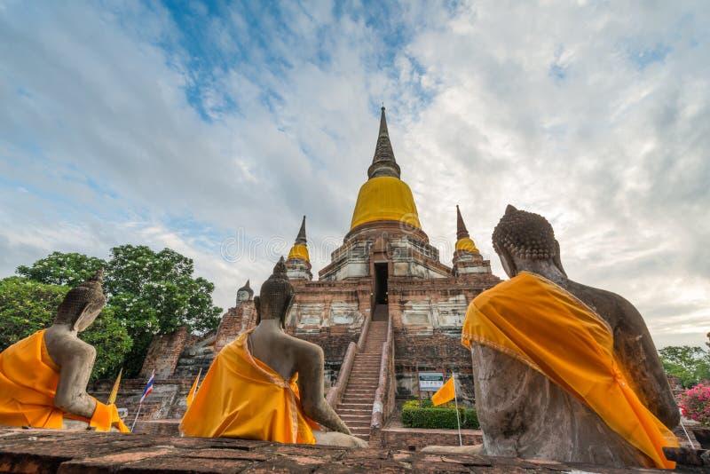 Παλαιός ναός σε Wat Yai Chai Mongkol στοκ φωτογραφίες