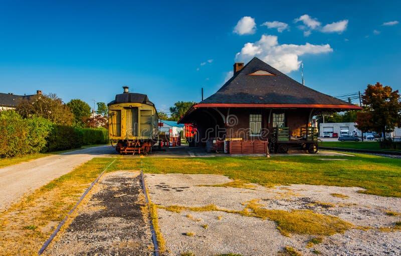 Παλαιός σταθμός τραίνων και σιδηροδρόμου στη νέα Οξφόρδη, Πενσυλβανία στοκ φωτογραφίες με δικαίωμα ελεύθερης χρήσης