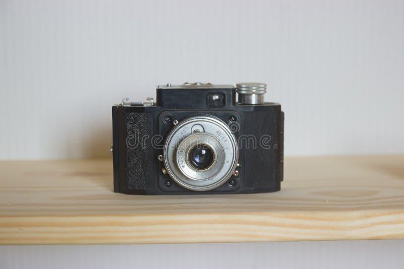 Παλαιός στόχος καμερών φωτογραφιών με το χαμηλό βάθος του τομέα στοκ εικόνα με δικαίωμα ελεύθερης χρήσης