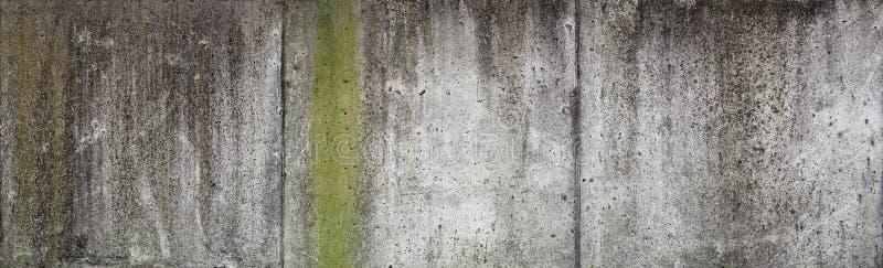 Παλαιός συμπαγής τοίχος στοκ εικόνα