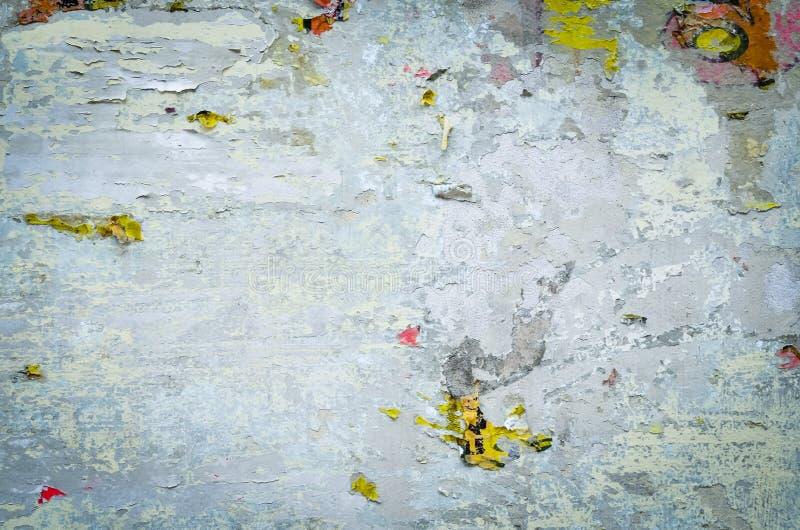 Παλαιός τοίχος με το ραγισμένο χρώμα στοκ φωτογραφία με δικαίωμα ελεύθερης χρήσης