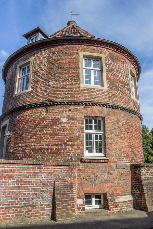 Παλαιός τοίχος πόλεων με τον πύργο Pulverturm σε Coesfeld στοκ φωτογραφία με δικαίωμα ελεύθερης χρήσης