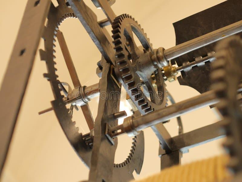 Παλαιός cogwheel μηχανισμός από μια μηχανή ώρας στοκ εικόνα με δικαίωμα ελεύθερης χρήσης