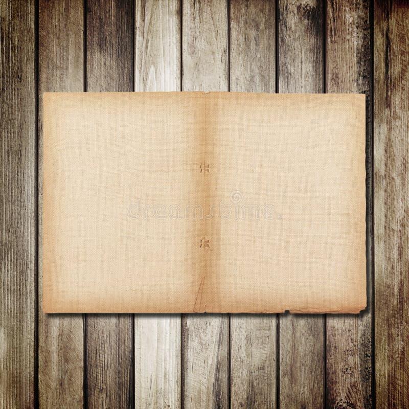 παλαιό έγγραφο για την καφετιά ξύλινη σύσταση με τη φυσική σύσταση λινού στοκ φωτογραφίες με δικαίωμα ελεύθερης χρήσης