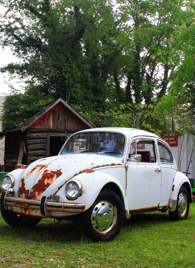 Παλαιό αυτοκίνητο από τη σιταποθήκη στοκ φωτογραφία