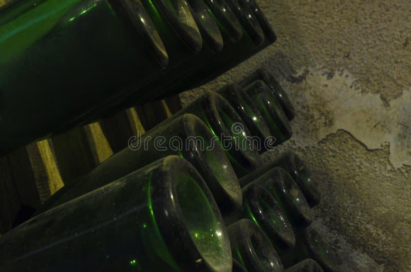 παλαιό κρασί μπουκαλιών στοκ εικόνα
