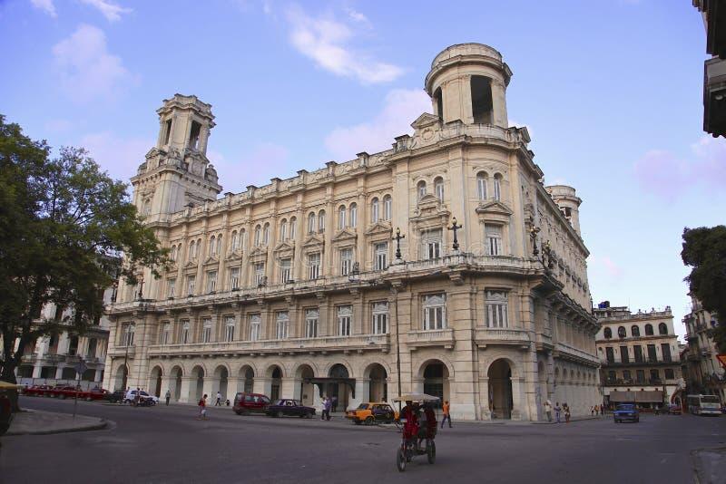 Παλαιό κτήριο από το Λα Αβάνα στοκ εικόνες με δικαίωμα ελεύθερης χρήσης