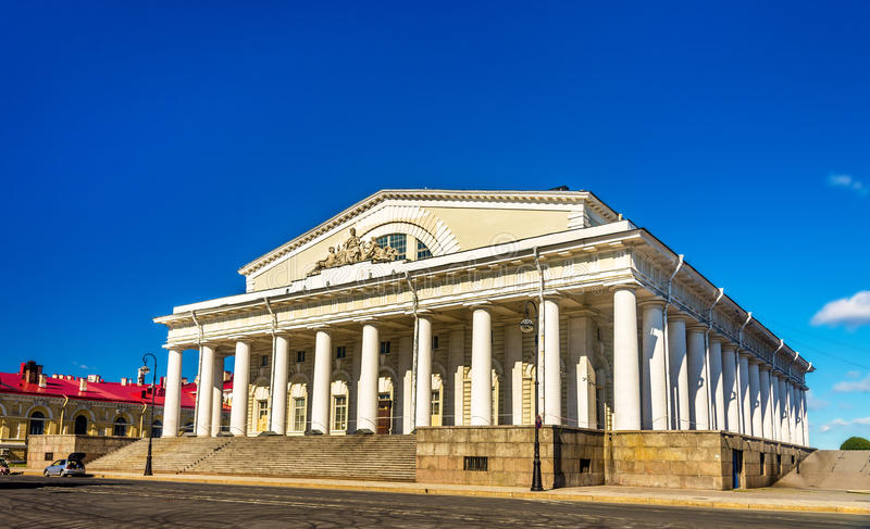 Παλαιό κτήριο χρηματιστηρίου Αγίου Πετρούπολη στοκ εικόνες με δικαίωμα ελεύθερης χρήσης