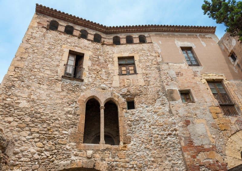Παλαιό μεσαιωνικό κτήριο στοκ εικόνα με δικαίωμα ελεύθερης χρήσης