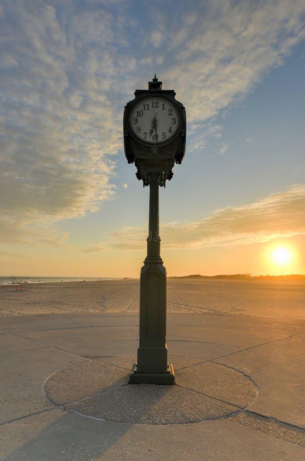 Παλαιό ρολόι, πάρκο του Jacob Riis, Rockaway, βασίλισσες στοκ φωτογραφία