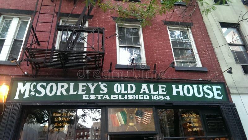 Παλαιό σπίτι αγγλικής μπύρας McSorley στοκ φωτογραφία