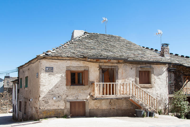 Παλαιό σπίτι Valverde de Los Arroyos στοκ φωτογραφίες
