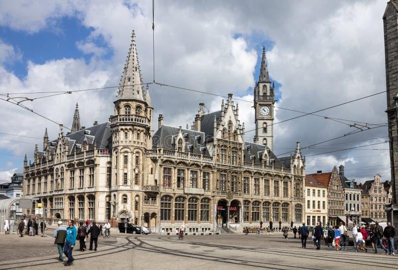 Παλαιό ταχυδρομείο που χτίζει Korenmarkt Γάνδη Βέλγιο στοκ εικόνα