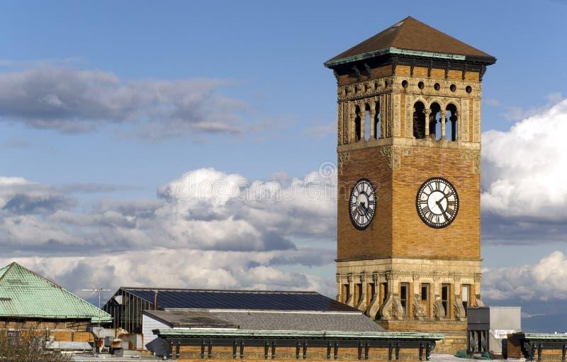 Παλαιό τούβλο του Τακόμα Δημαρχείο που χτίζει τον αρχιτεκτονικό πύργο ρολογιών στοκ φωτογραφία με δικαίωμα ελεύθερης χρήσης