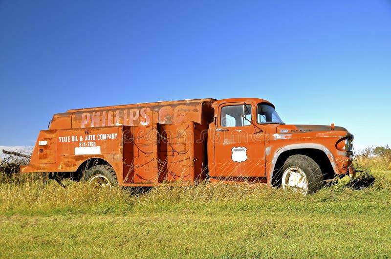 Παλαιό Phillips 66 φορτηγό αερίου στοκ φωτογραφίες με δικαίωμα ελεύθερης χρήσης