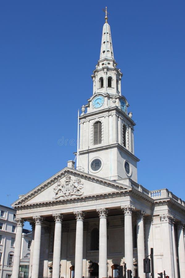 πεδία Λονδίνο Martin ST εκκλησιών στοκ εικόνα με δικαίωμα ελεύθερης χρήσης