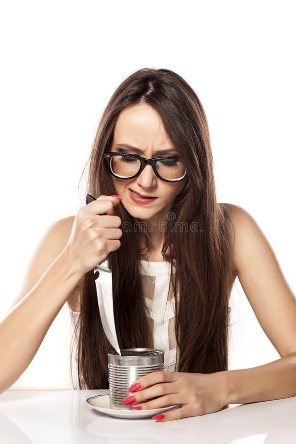 πεινασμένη γυναίκα στοκ εικόνα