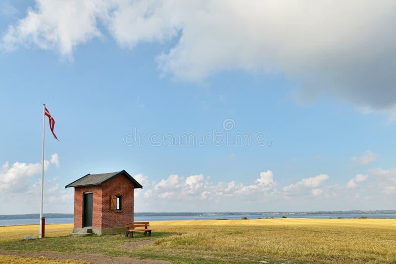 Πειραματικό σπίτι επιφυλακής σε Nyord, Δανία. στοκ εικόνες