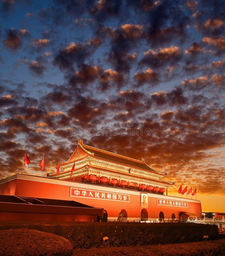 Πεκίνο Tiananmen στο ηλιοβασίλεμα στοκ φωτογραφίες