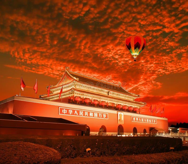 Πεκίνο Tiananmen στο ηλιοβασίλεμα στοκ εικόνα