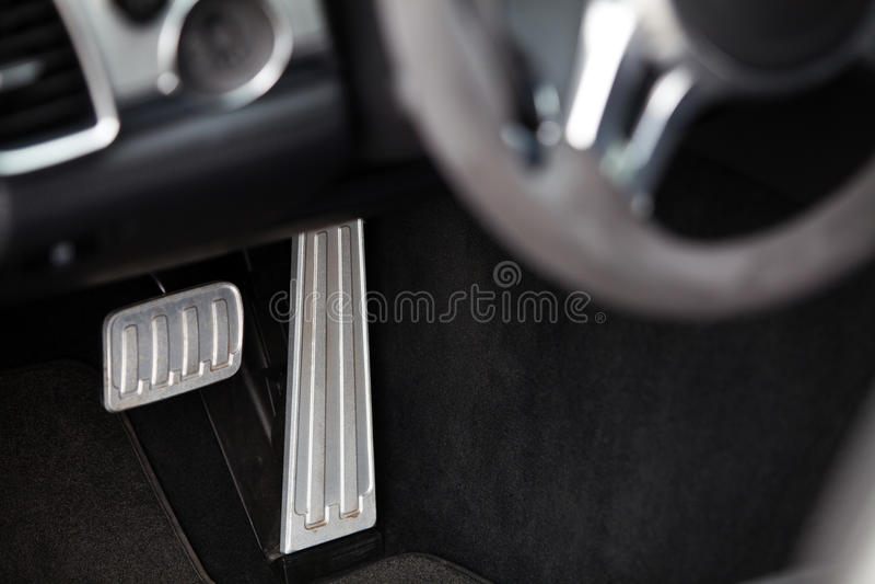 Πεντάλια σε ένα αυτοκίνητο στοκ φωτογραφία