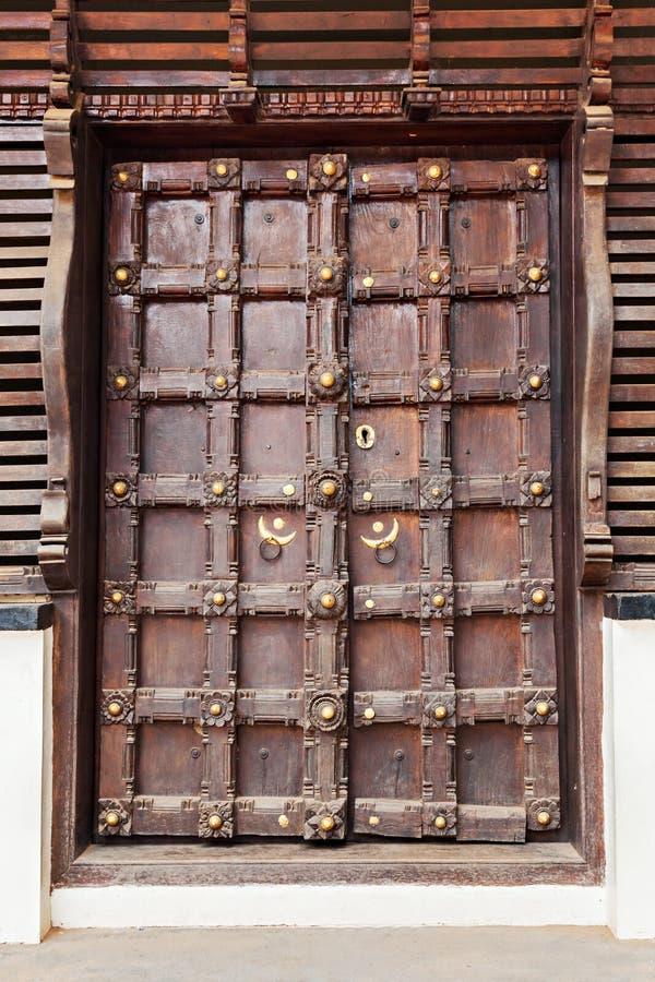 Περίκομψη πόρτα στοκ εικόνα