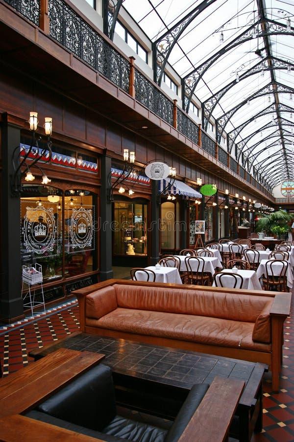 Περίκομψο εσωτερικό αίθριο του φλοιού, βικτοριανές αγορές arcade σε Christchurch, Νέα Ζηλανδία στοκ εικόνα με δικαίωμα ελεύθερης χρήσης