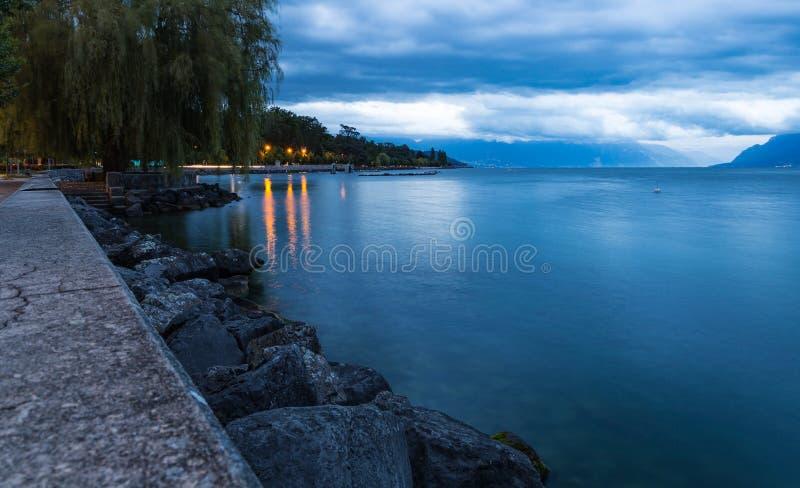 Περίπατος και λίμνη Leman Πόλη της Λωζάνης στοκ φωτογραφία με δικαίωμα ελεύθερης χρήσης