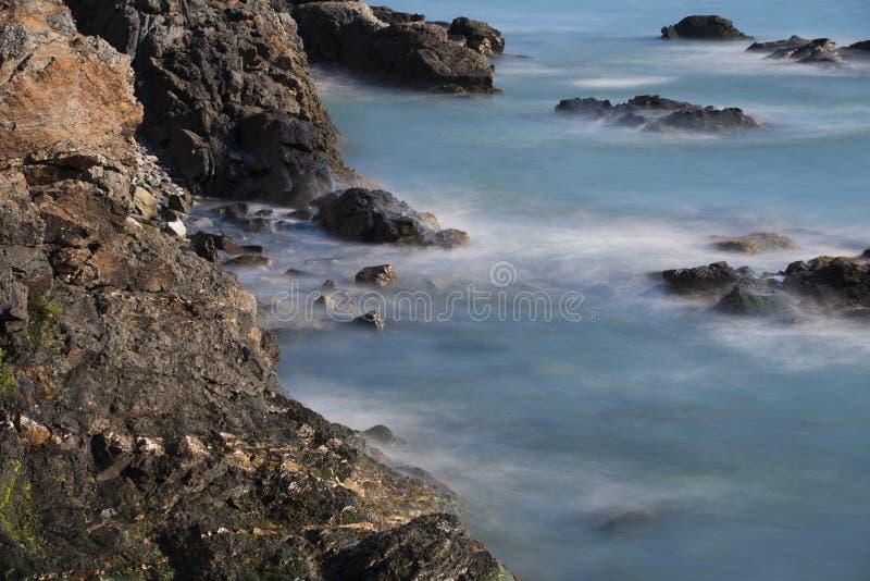 Περίπατος Νιούπορτ, Ρόουντ Άιλαντ απότομων βράχων στοκ φωτογραφία