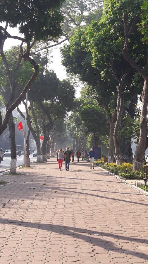 Περίπατος ξημερωμάτων του Ανόι στοκ εικόνες