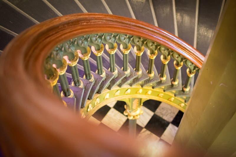 Περίπλοκη σπειροειδής σκάλα στο παλαιό κράτος Capitol της Λουιζιάνας στοκ φωτογραφία με δικαίωμα ελεύθερης χρήσης