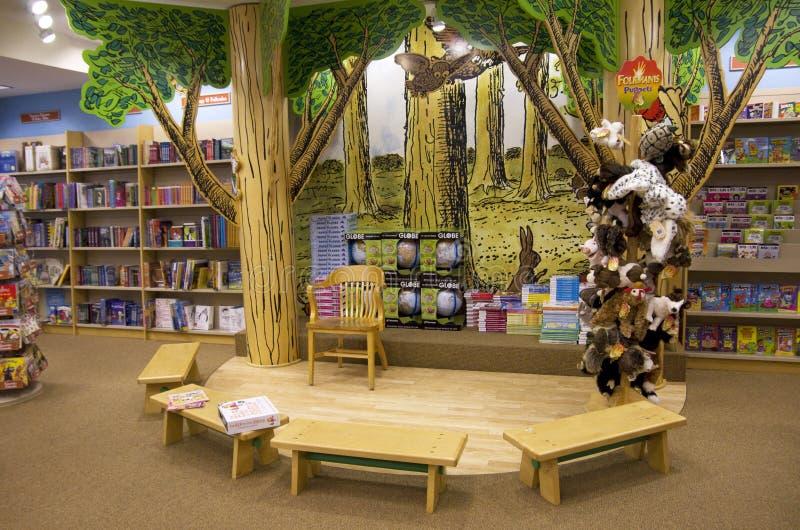 Περιοχή ιστορίας βιβλιοπωλείων παιδιών στοκ εικόνα με δικαίωμα ελεύθερης χρήσης