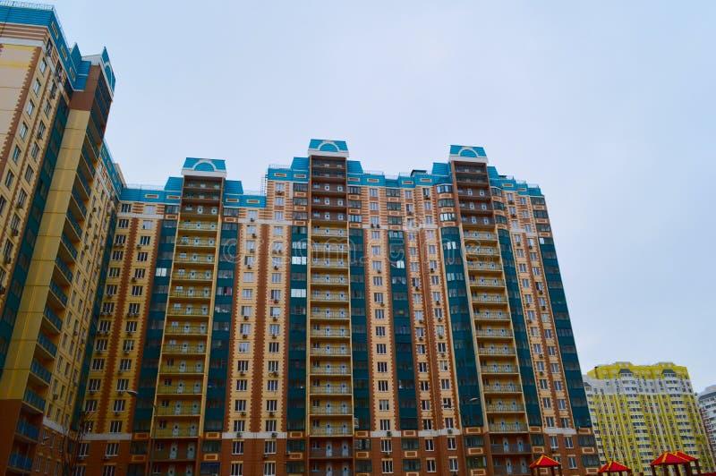 Περιοχή του Ροστόφ, του Ροστόφ, περιοχή Leventsovsky σπίτι νέο στοκ εικόνα με δικαίωμα ελεύθερης χρήσης