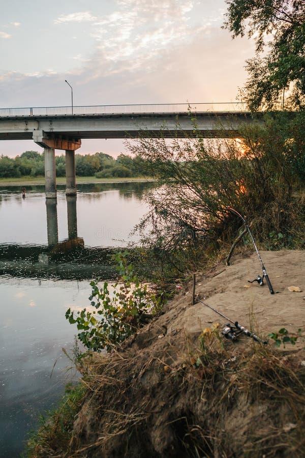 Περιστροφή αλιείας ατρόπων στοκ εικόνες