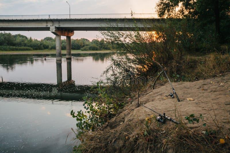 Περιστροφή αλιείας ατρόπων στοκ εικόνα
