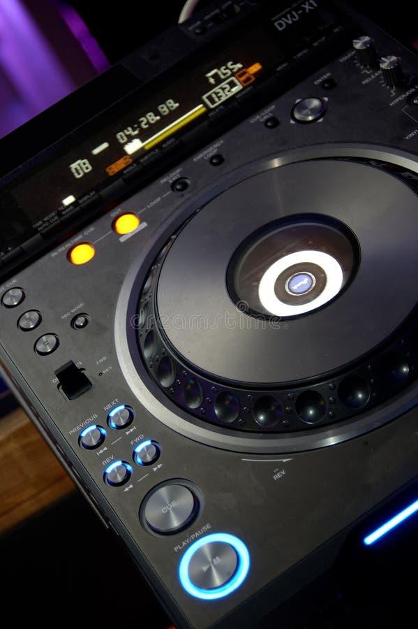 Download περιστροφική πλάκα του DJ στοκ εικόνες. εικόνα από λεπτό - 1531484