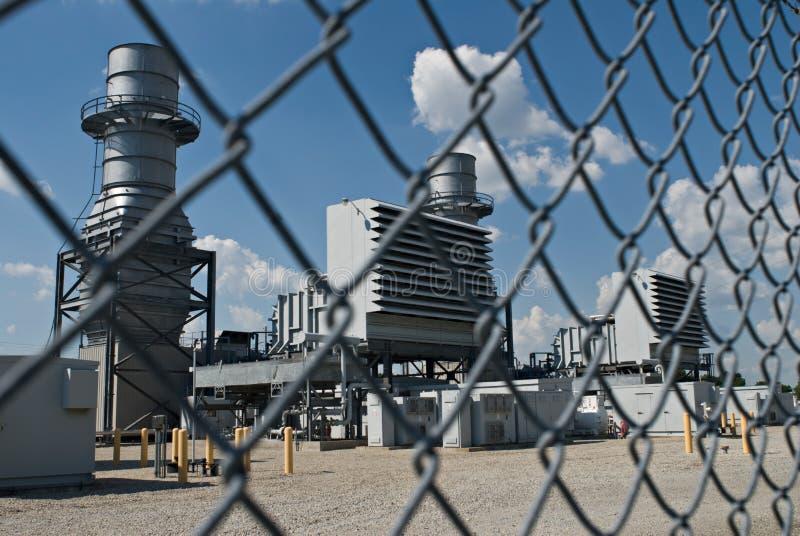 περιφραγμένος σταθμός παραγωγής ηλεκτρικού ρεύματος στοκ φωτογραφίες με δικαίωμα ελεύθερης χρήσης
