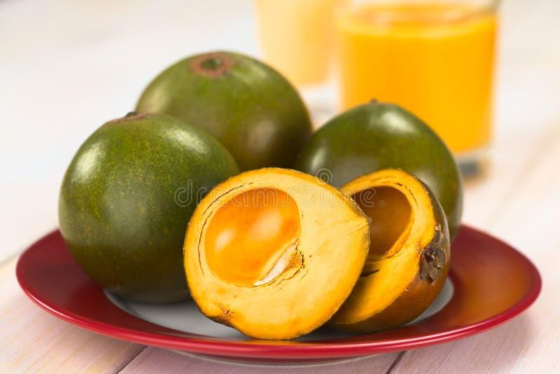 Περουβιανά φρούτα αποκαλούμενα Lucuma στοκ εικόνες