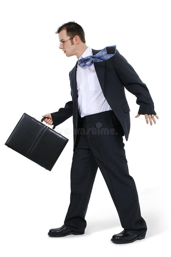 περπάτημα επιχειρησιακών ατόμων χαρτοφυλάκων στοκ φωτογραφία με δικαίωμα ελεύθερης χρήσης