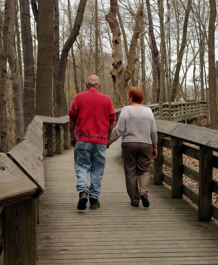 περπάτημα στοκ φωτογραφίες με δικαίωμα ελεύθερης χρήσης