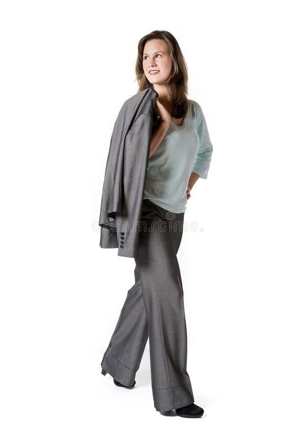 Περπατώντας επιχειρησιακή γυναίκα στοκ φωτογραφία με δικαίωμα ελεύθερης χρήσης
