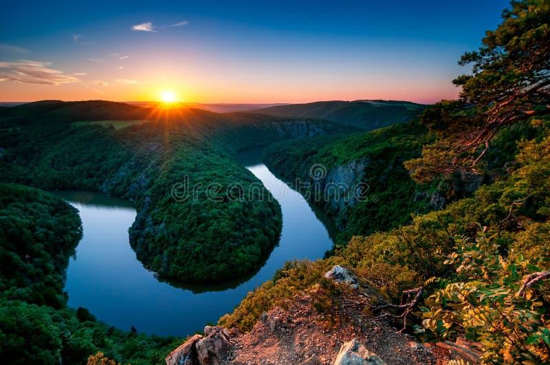 Πεταλοειδής μαίανδρος ποταμών Vltava Πράγα, κεντρική Βοημία, Τσεχία στοκ εικόνες