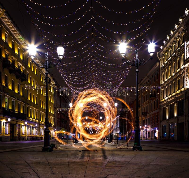 Πετρούπολη Άγιος Νέο έτος στη Ρωσία Χριστούγεννα στη Αγία Πετρούπολη Διακόσμηση των οδών της Αγία Πετρούπολης Νέο έτος ` s στοκ φωτογραφίες